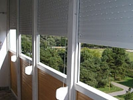 rolety-balkony